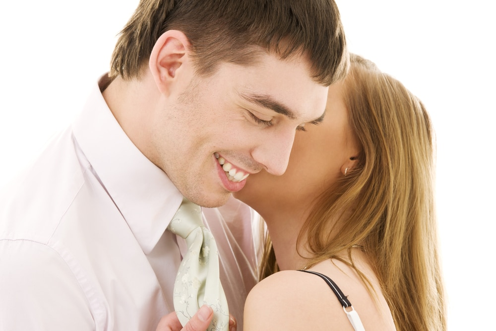 Make A Man Fall In Love With You By Being Complimentary To Him
