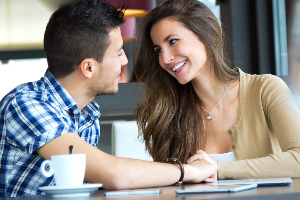 Get A Guy To Ask You Out By Acting Flirtatiously