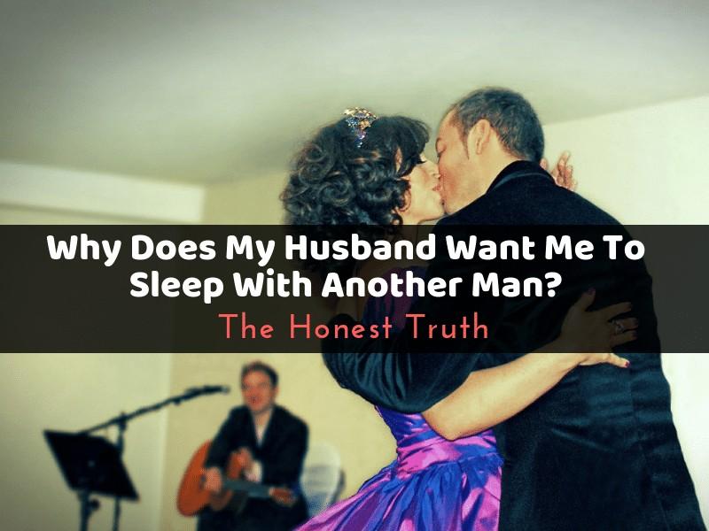 Husband Fucking Wife Dildo