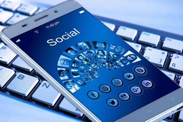 End all social media contact
