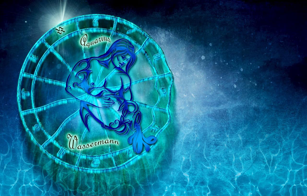 5 Undeniable Signs of an Aquarius Man In Love