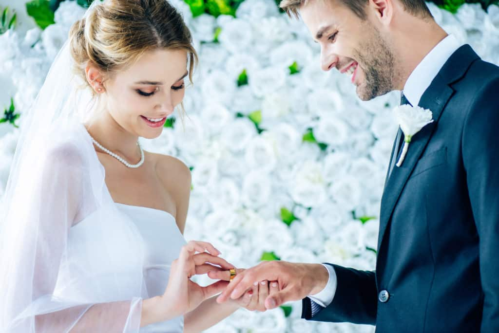 What Are Some Of The Advantages Of Getting Married?
